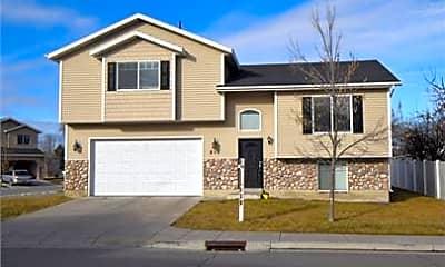Building, 815 W 530 S, 0