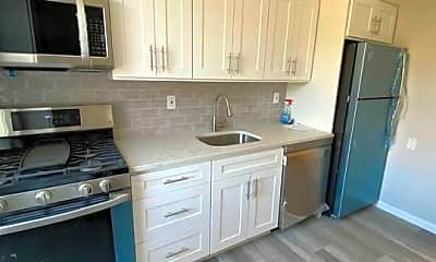 Kitchen, 712 Logan Ave, 1