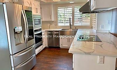 Kitchen, 72 E Audubon Drive, 1