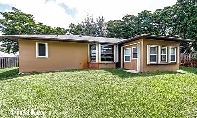 Building, 8310 Coral Dr, 2