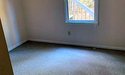 Bedroom, 107 Cottonwood Ct, 2