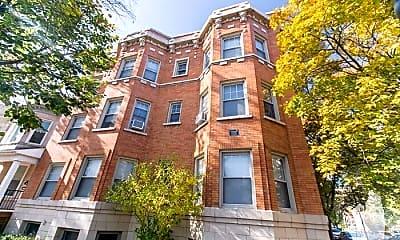 Building, 1603 W Berteau Ave, 2
