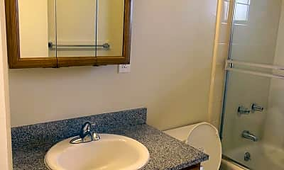Bathroom, 1404 Regent St, 2