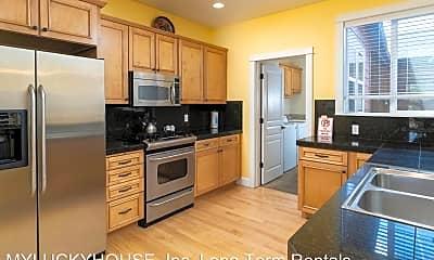 Kitchen, 918 SW Vantage Point Way, 1