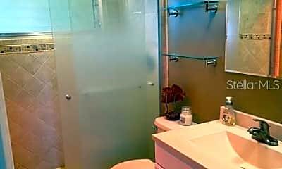 Bathroom, 1710 Jamaica Way 204, 2