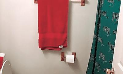 Bathroom, 115 Green Ln, 2