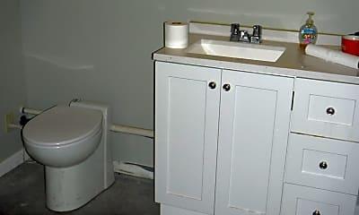 Bathroom, 281 Chestnut St, 2
