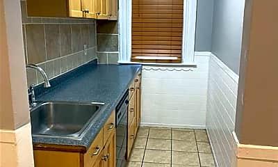 Kitchen, 55 Vinton St 1, 1
