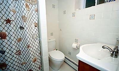 Bathroom, 27 Hubert Pl, 2