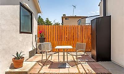 Patio / Deck, 1003 Calzona St 3, 2