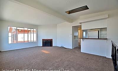 Living Room, 325 10th St, 1