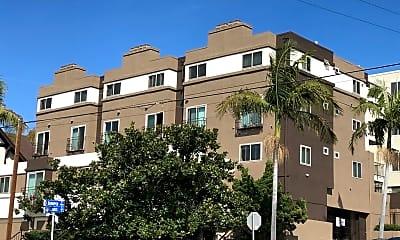 Building, 234 W Juniper St, 2