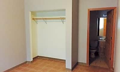 Bedroom, 324 W Elting St, 0