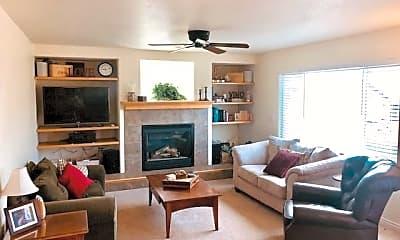 Living Room, 3432 Cape Romain Drive, 1