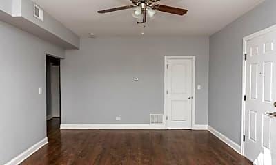 Bedroom, 3663 N Elston Ave, 2