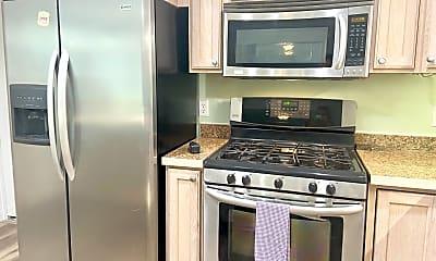 Kitchen, 113 River Cove Ln, 2