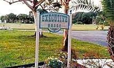 Executive House Apartments, 1