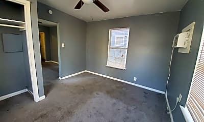 Bedroom, 827 W Rosewood Ave, 2