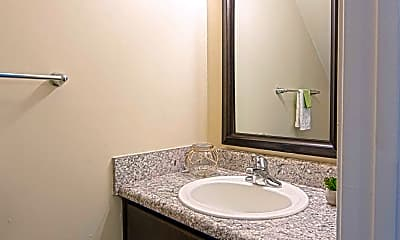 Bathroom, Lakefield Mews Apartments and Townhomes, 2