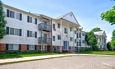 Building, Auburn West Apartments, 0