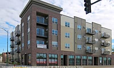 Building, 100 Collins Ave, 0