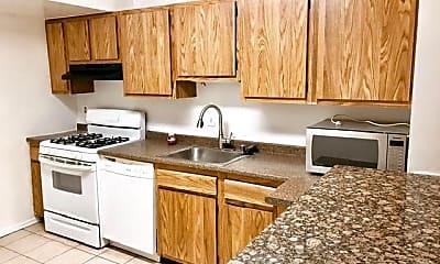 Kitchen, 19431 Brassie Pl 302, 1