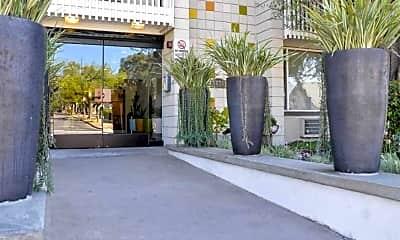 Building, La Villa Lake - Senior Living 55+, 0