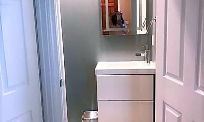 Bathroom, 148 Tremont St, 2