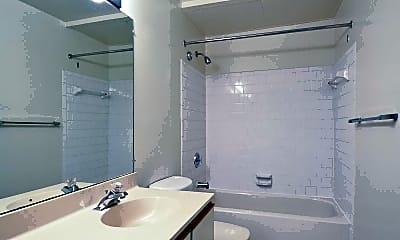 Bathroom, Wintergreen, 2