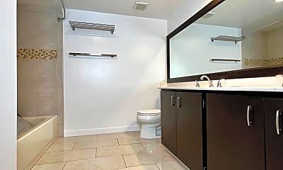 Bathroom, 2621 2nd Avenue, Unit 603, 2