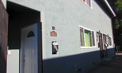Bathroom, 2255 Cecil Ave, 2