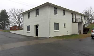 Building, 1864 Memorial Dr, 2