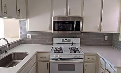 Kitchen, 820 Redondo Ave, 0