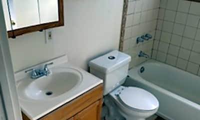 Bathroom, 3100 Adeline St, 2