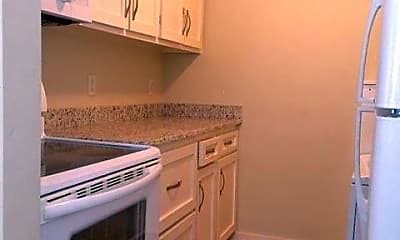 Kitchen, 45 Aiken St D, 1