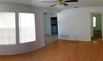 Living Room, 812 Estelle Ave, 1