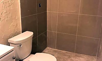 Bathroom, 417 NW 5th St, 2
