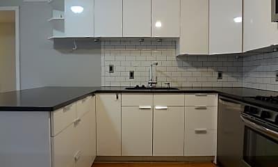 Kitchen, 1304 Summit #102, 1