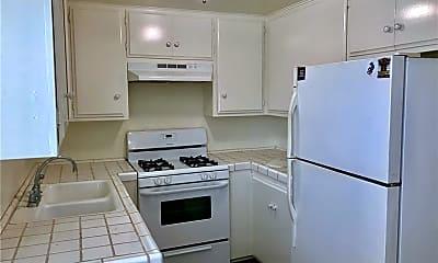 Kitchen, 821 Calle Puente 2, 1
