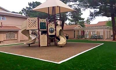 Casa Grande Pines, 0