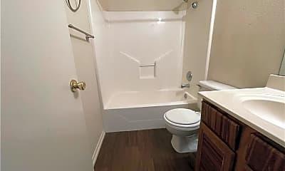 Bathroom, 7721 Wolf Dr, 2