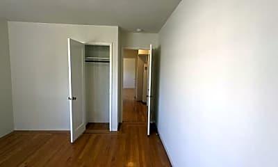 Bedroom, 516 Merritt Ave, 2