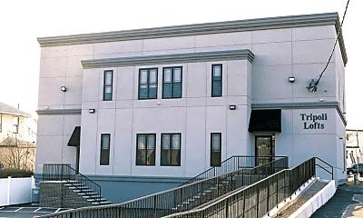 Building, 1064 N Shore Rd, 1