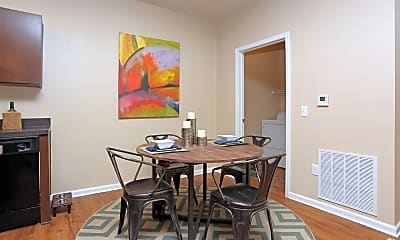 Dining Room, AVIA at the Lakes, 2