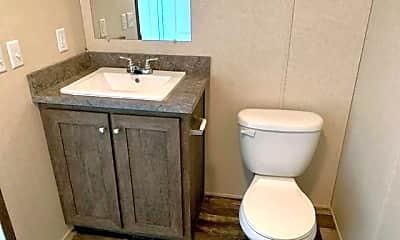 Bathroom, 450 Warbler Ln 450, 2