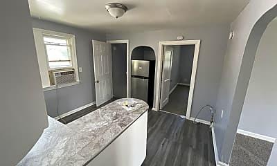 Bathroom, 16008 Raymond St, 2