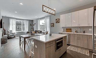 Kitchen, 2345 W Monroe St, 1