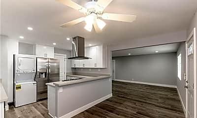 Kitchen, 787 Scott Pl, 1