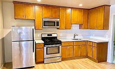 Kitchen, 2201 Mariposa St, 1