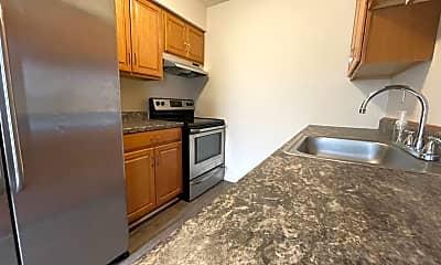Kitchen, 201 W 34th St, 1